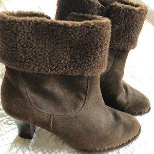 AJ Valenci chocolate Brown Suede Boots 8w